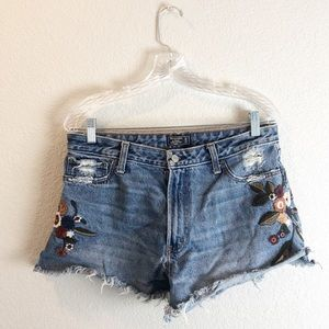 Abercrombie & Fitch Annie high rise Jean short 12